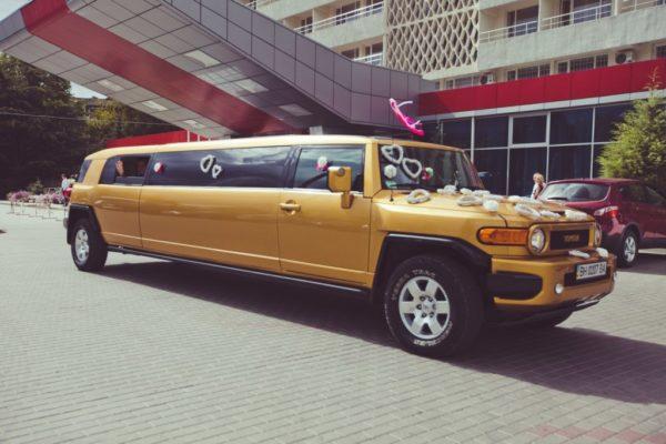 Лимузин Toyota